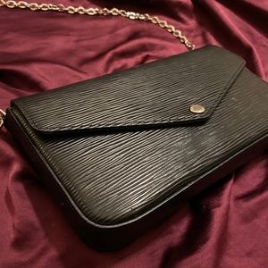 Louis Vuitton Epi Noir Felicie